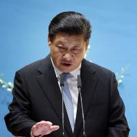 Xi says Beijing wants South China Sea issue resolved peacefully