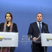 Sweden, Norway toughen border controls, demand EU action on asylum seeking throngs