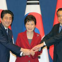 East Asia leaders agree to revive annual trilateral summit