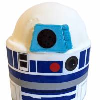 'Star Wars' droid cakes are invading Ginza Cozy Corner