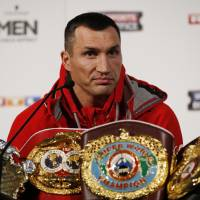 Unbeaten Fury aims to end Klitschko's reign