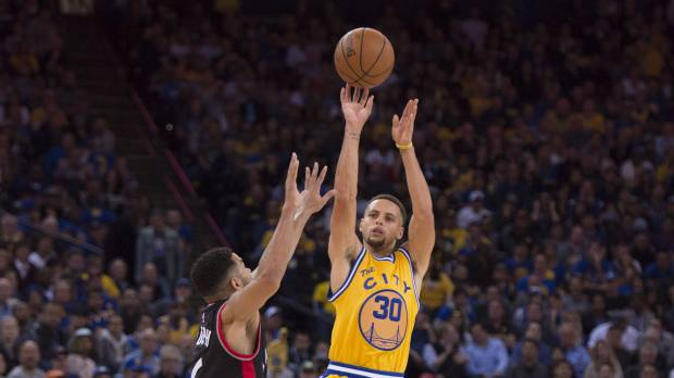 Warriors off to great start, but 72-10 Bulls were better