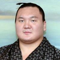 Hakuho fit and ready for Kyushu Basho