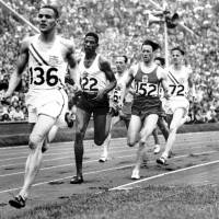 Olympic gold medalist runner Whitfield dies at 91