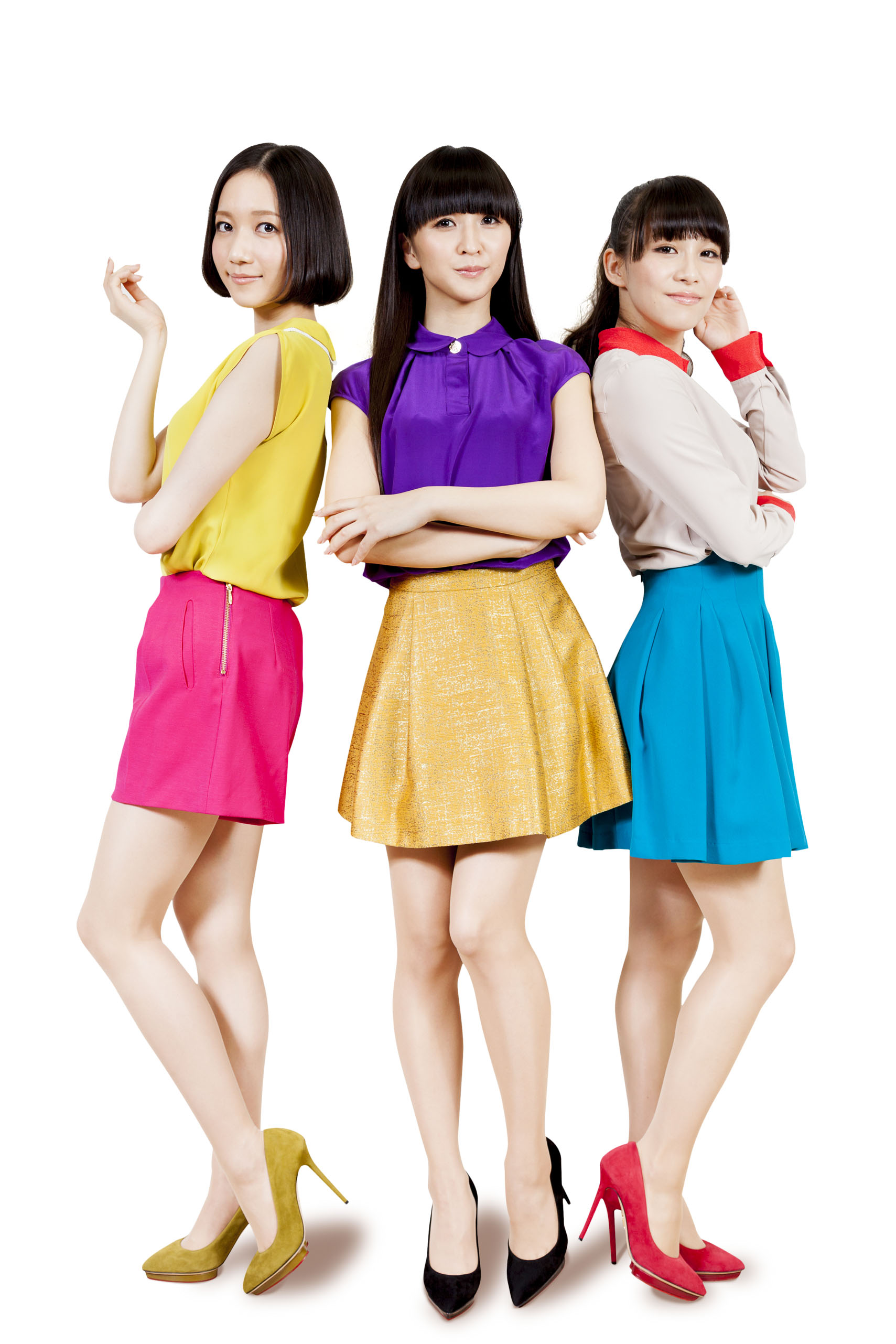 Perfume dances to No. 1 with hard-edged new album 'Level3 ...