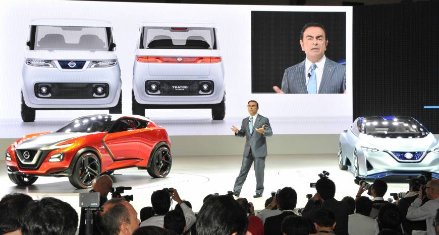 Nissan CEO Carlos Ghosn presents this company