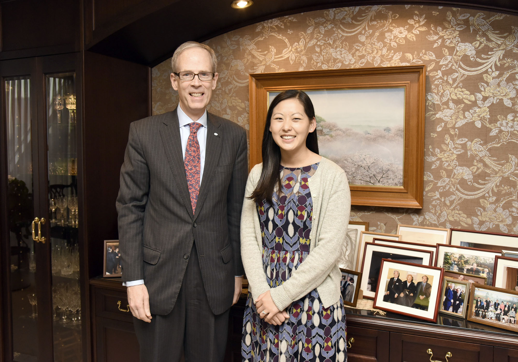 Amway Global Government Relations Public Policy Specialist Laura Bult (right) and Amway Japan G.K. Government and External Affairs Director Mark Davidson pose while on a courtesy visit to The Japan Times on April 6. | SATOKO KAWASAKI
