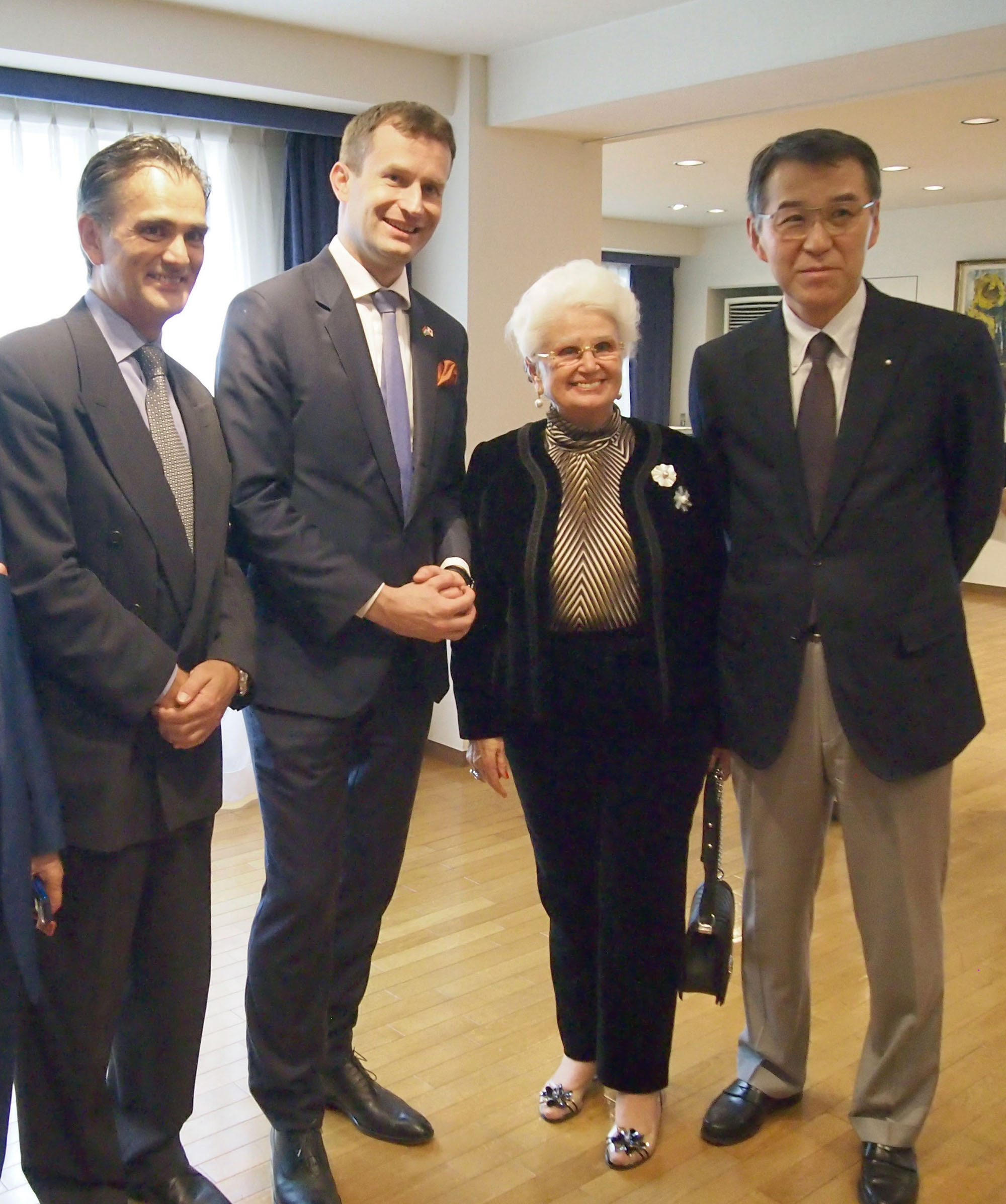 Hungarian Ambassador Nobert Palanovics (second from left) joins guests during a reception to celebrate Hungary's national day at the embassy in Tokyo on Oct. 20. |   EDLEEN OTHMAN