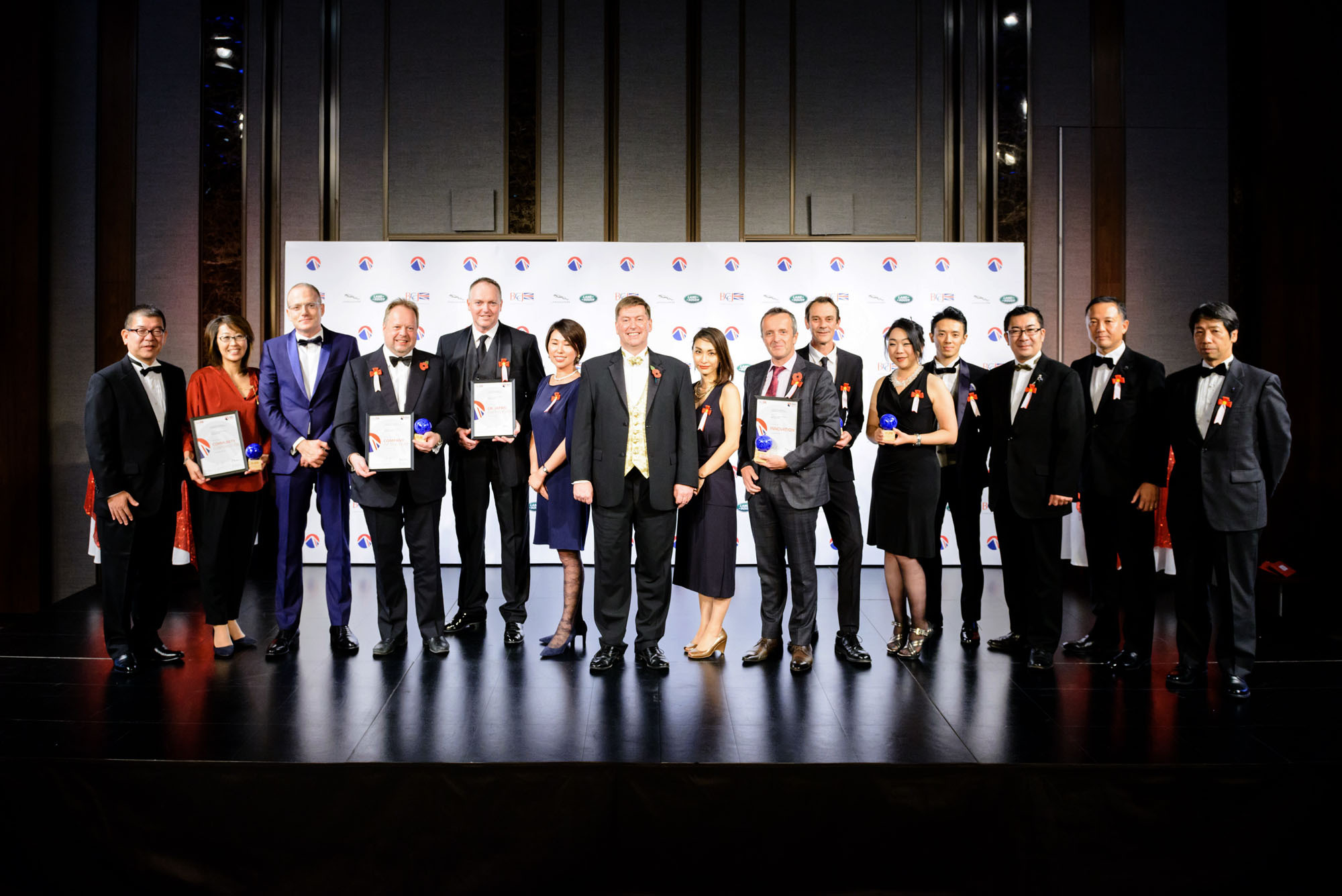 British Ambassador to Japan Paul Madden (center) poses with winners of the 2017 British Business Awards at Grand Hyatt Tokyo on Nov. 2. |   COURTESY OF ANTONY TRAN